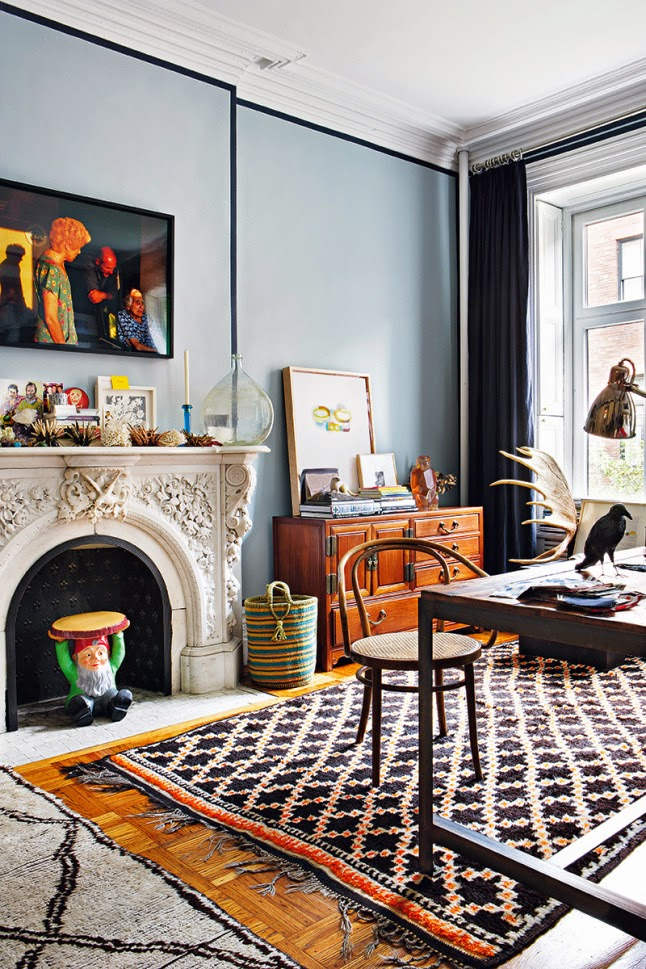 New York apartment using the fall trend of juxtaposition.